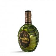 Bon Père William avec poire dans la bouteille